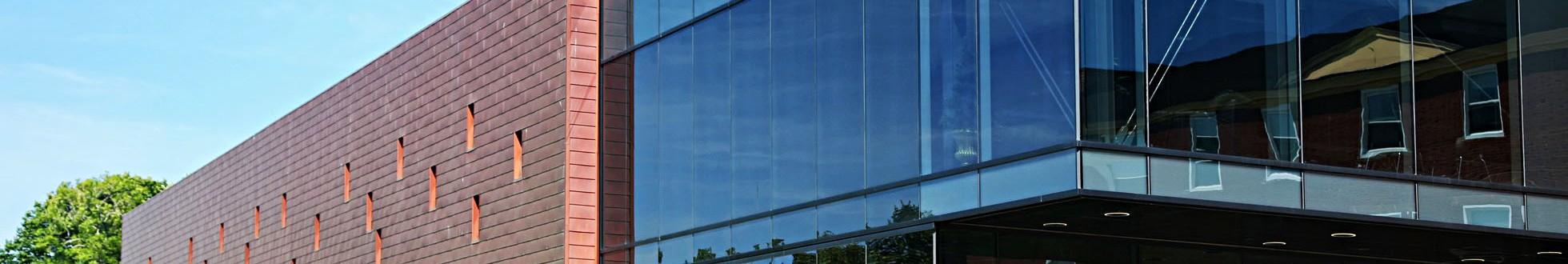 Professionele cementsluier verwijdering van glas